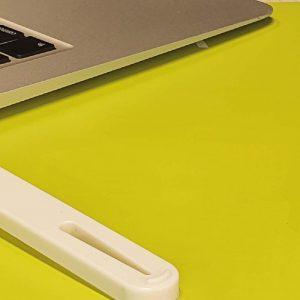 Der Industry-Line USB-Niederhalter von Filerex für USB Stick zum Abheften im Ordner